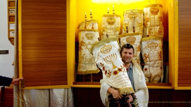 Steve and Sefer Torah at Meade Hill Shul
